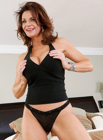 sexy milf young