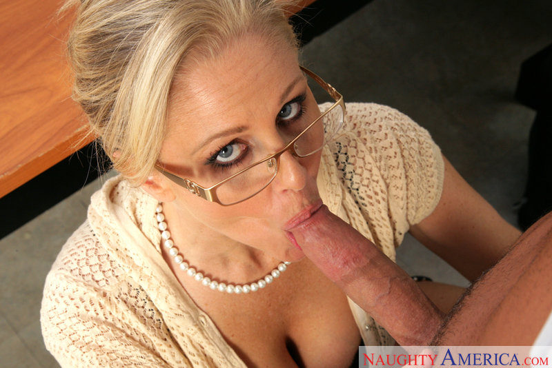 Julia Ann networks video from Naughty America