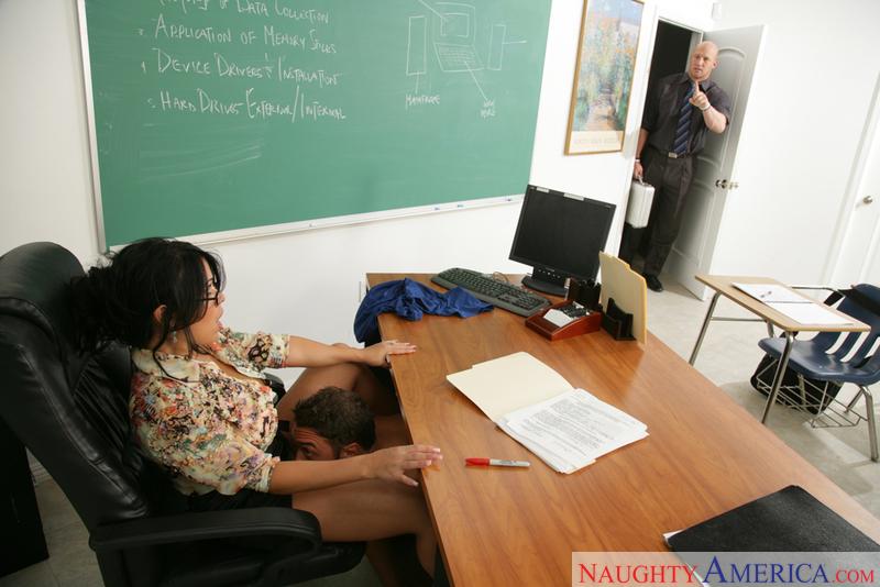 Maestras maduras haciendo de las suyas