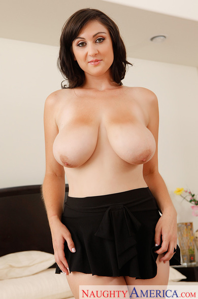 Beverly Paige My Girlfriends Busty Friendvideo