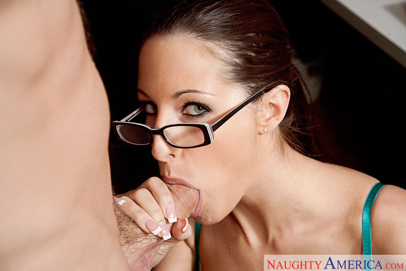 Kortney Kane enjoys her lunch break at work by having her coworker lick her pussy