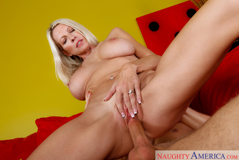 Emma Starr seduces a young burglar and fucks him to completion