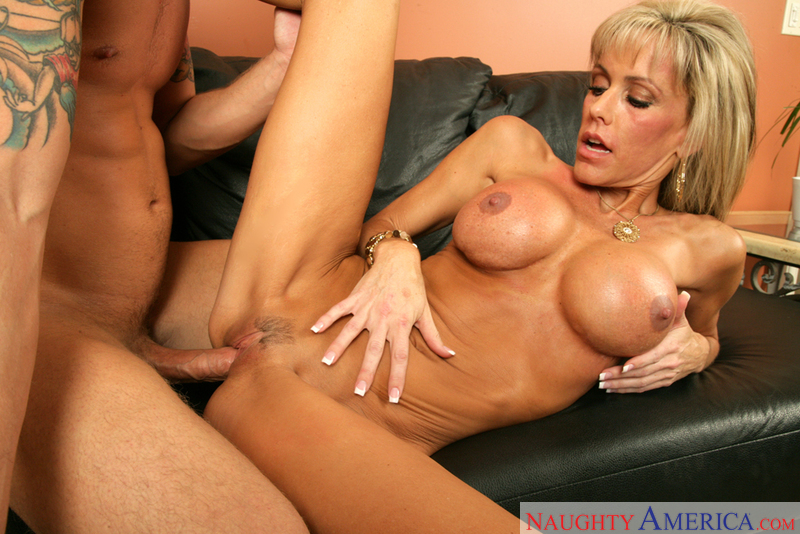cougar milf video porno molto sexy
